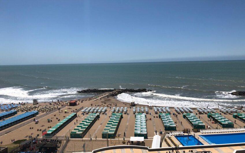 Departamento frente al mar en La Perla