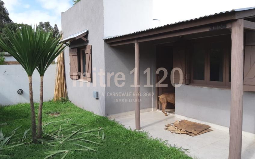 Casa 3 ambientes en barrio Las Margaritas
