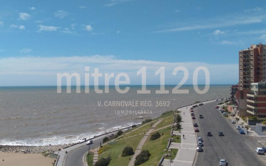 Dúplex de 3 ambientes frente al mar
