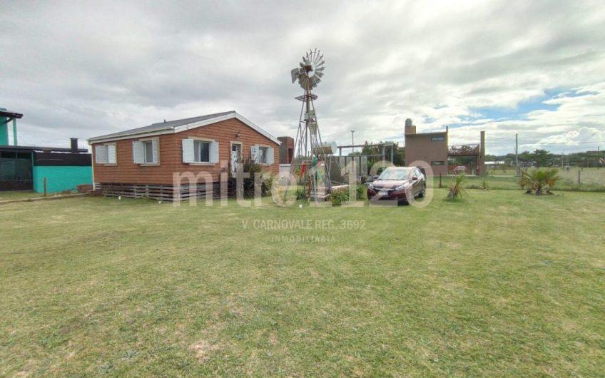 Casa 3 ambientes en La Caleta
