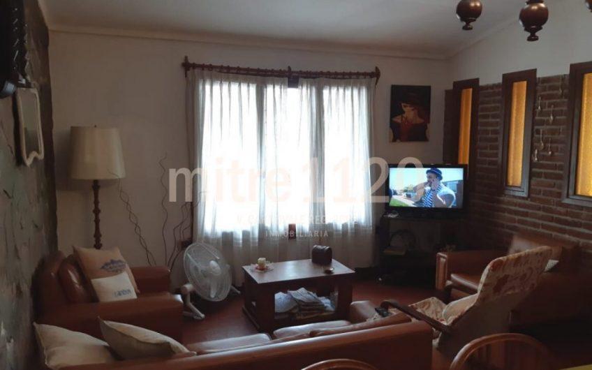 BAJO DE PRECIO! Casa de 3 ambientes en Nueva Terminal